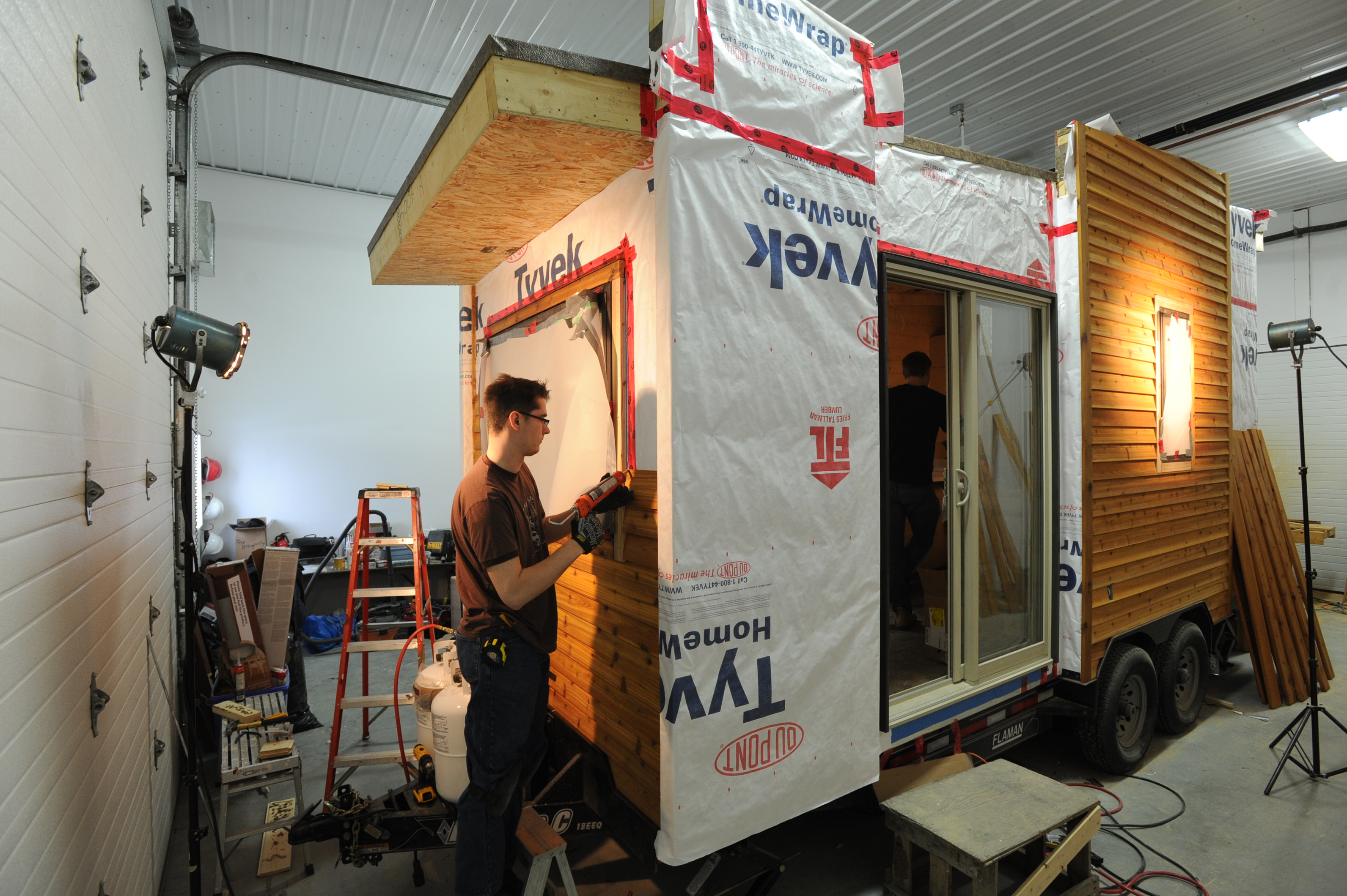 Do You Want To Build Your Own Tiny House Robinson Plans